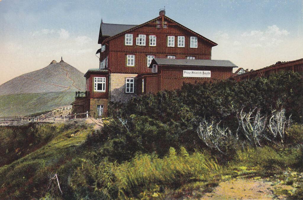 Widok na schronisko im. Księcia Henryka ( Prinz-Heinrich-Baude) w Karkonoszach, lata 20 XX wieku